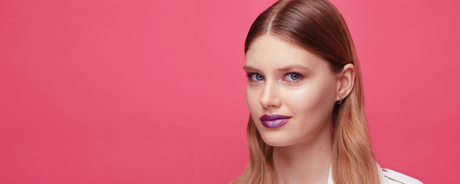 HOW TO MASTER THE HOLOGRAPHIC TREND ON ANY SKIN TONE
