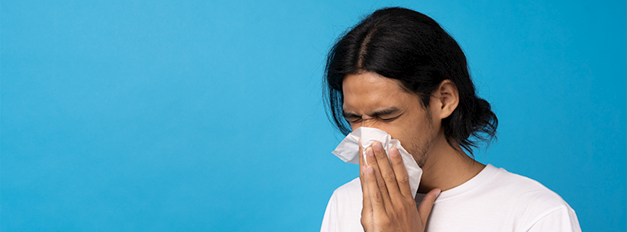 What is a common medication mistake that people with allergies make?